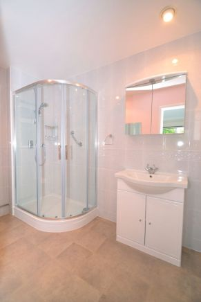 Shower Room Installation - Hazelwood Lane Chipstead 1