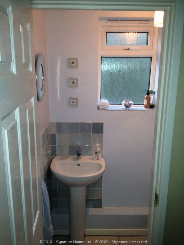Cloakroom Refurbishment Rushmead Close Croydon BEFORE 1
