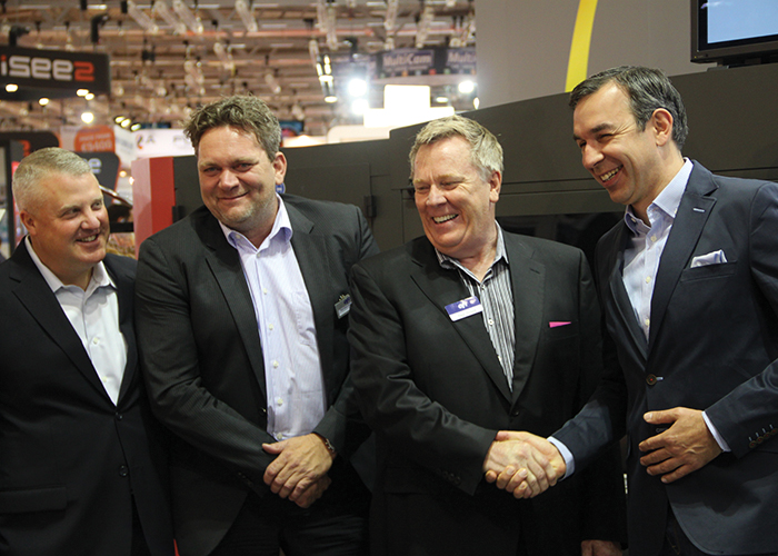 EFI cements the deal at FESPA 2015