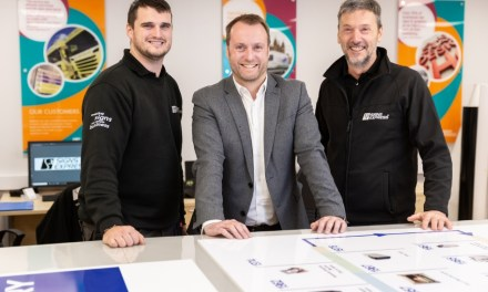 Signs Express opens a new centre in Macclesfield