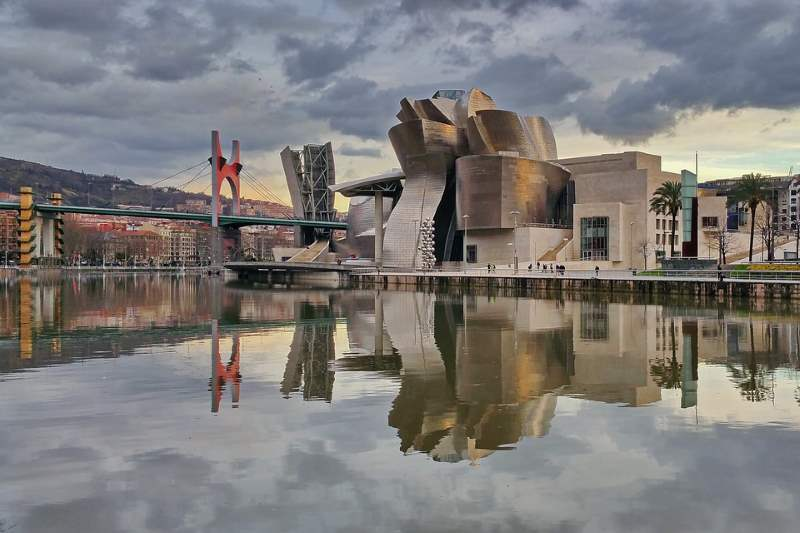 Conocer los colores en euskera te ayudará a adentrarte en la rica cultura del País Vasco
