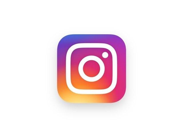 Logotipo de Instagram con toques de color magenta
