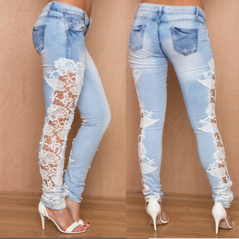 Los jeans son un ejemplo claro de prenda que se asocia con un color, en este caso el azul en cualquier tonalidad