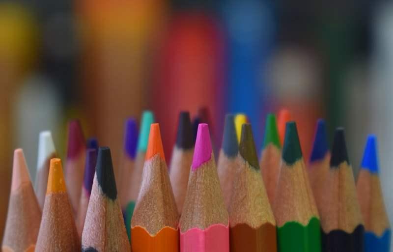 Colores en Rumano ▷【Lista Completa de Colores】