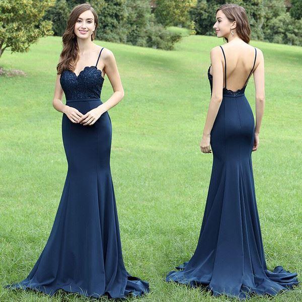 ejemplo de vestido de noche en color azul