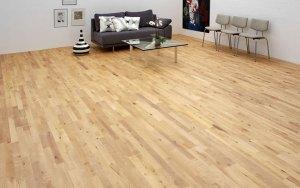 el color haya se utiliza habitualmente en suelos de madera