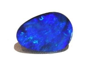 esta piedra llamada ópalo da nombre al color