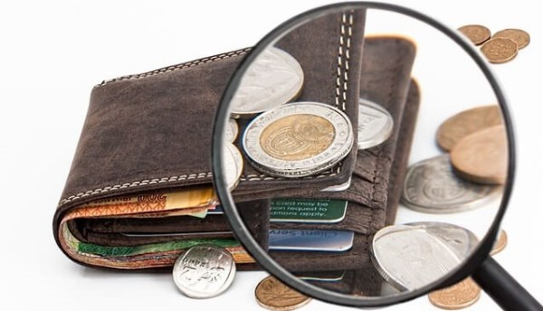 significado de sonhar que encontra moedas na carteira
