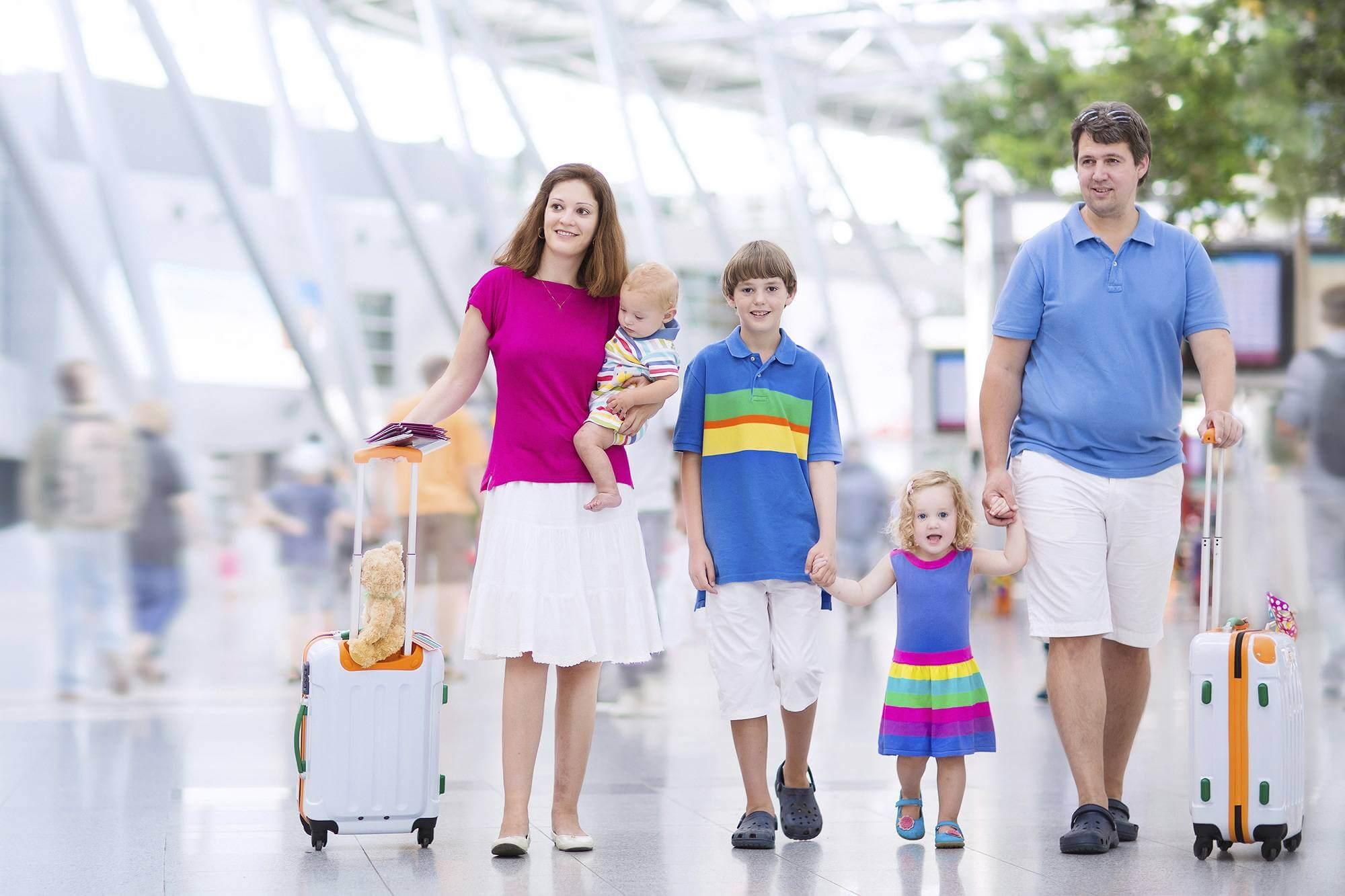 Veja Por Que Os Pais Devem Gastar Menos Com Brinquedos e Ter Mais Férias Em Família