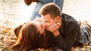 5 Truques para fazer seu namorado sentir sua falta e pensar em você 24h