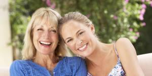 Depois Dos 30, Mulheres Passam a Se Comportar Igual às Suas Mães, Diz Estudo