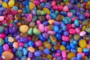 ▷ Sonhar Com Pedras Coloridas 【É Sorte?】