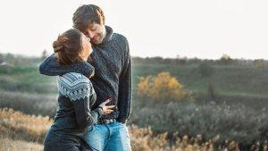 ▷ 75 Legendas Para Foto Com Namorada Com Trecho de Música