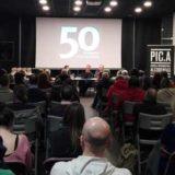 PIC.A completa su aforo en la presentación de 50 fotografías con historia