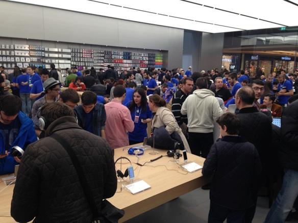 Sihirli elma apple store zorlu center aciliyor 5248