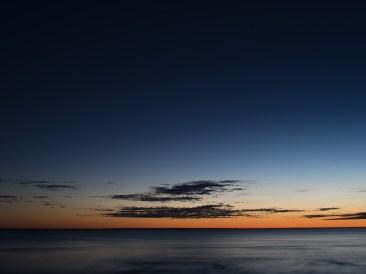 Päikeseloojangu viimased kiired ja esimesed tähed ühe pildi peal. ISO 100, f/5.6, 6 s
