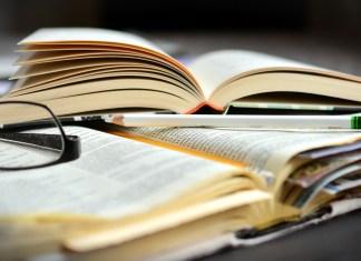 Knjiga in dnevnik, foto: Pixabay