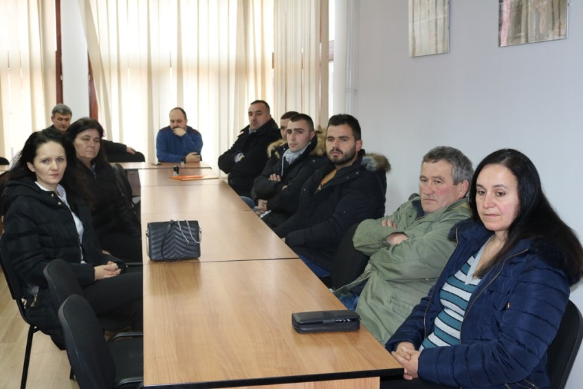 Mrkonjić Grad: Potpisano 12 ugovora sa preduzetnicima i poljoprivrednim proizvođačima