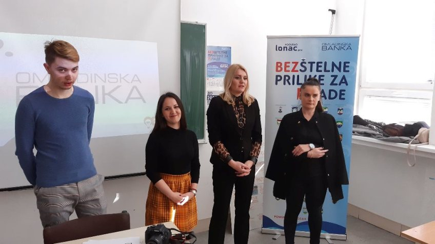 Mrkonjić Grad: Promocija programa i poziva Omladinske banke