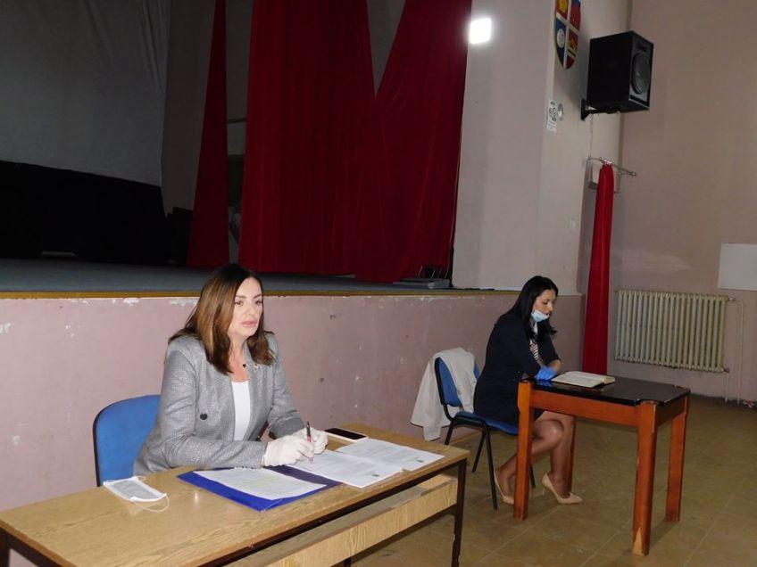 Mrkonjić Grad: Počinju sa radom neke zanatske i trgovinske radnje