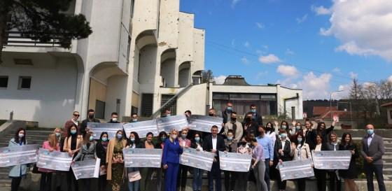 Omladinska banka podržala četrnaest projekata u Mrkonjić Gradu za ovu godinu