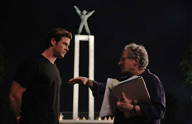 chris-hemsworth-michael-mann-blackhat-618x400