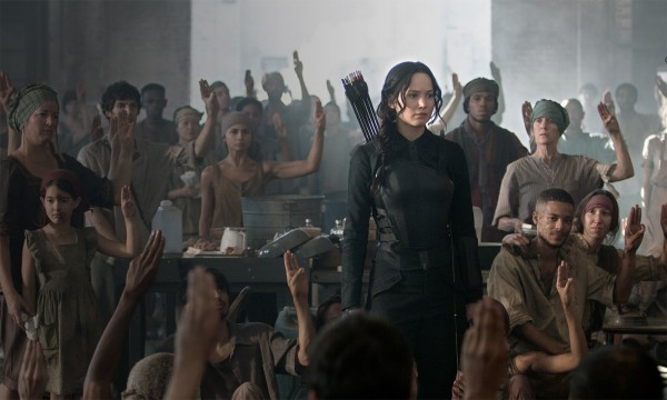 the-hunger-games-mockingjay-part-1-jennifer-lawrence1-600x360