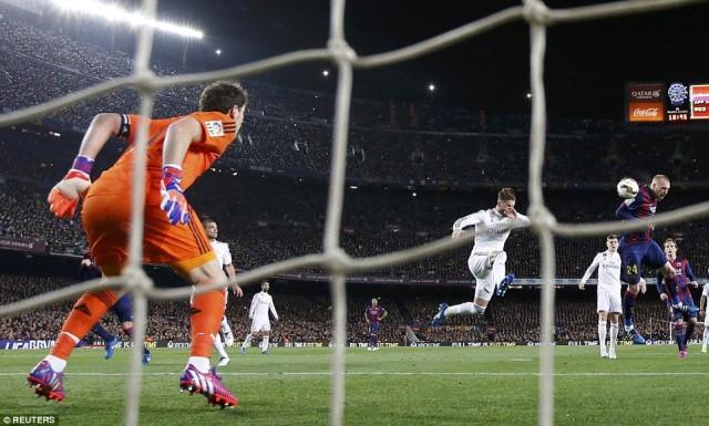 Carlo Ancelotti Real Madrid Sulit Juara Liga Spanyol Karena Ada Barca!