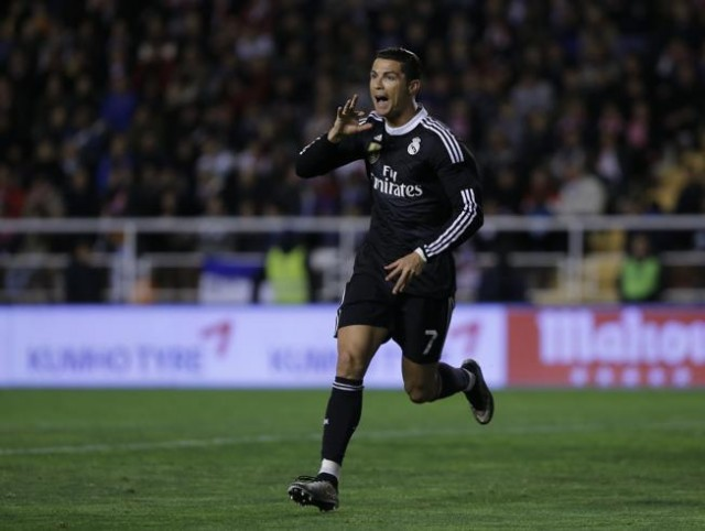 Video Real Madrid vs Rayo Vallecano 2-0 Cuplikan Gol Liga Spanyol 2015
