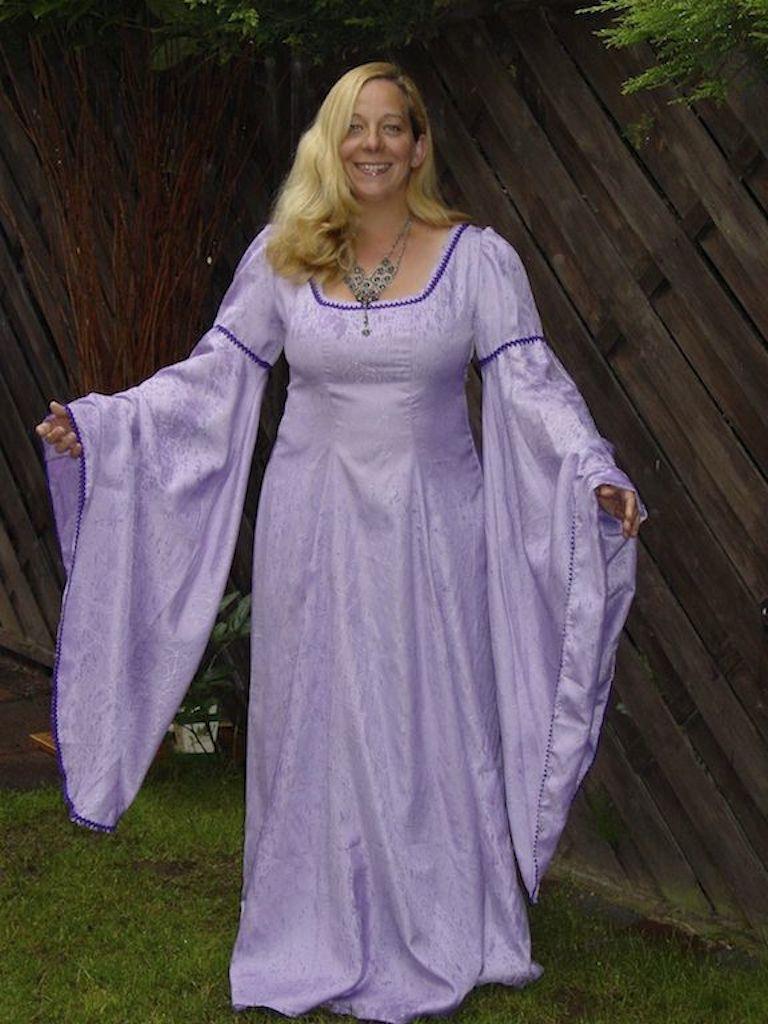 Kleider Sildra Edle Sildra Mittelalter Mittelalter – Edle Kleider Edle – vOyN8m0nw