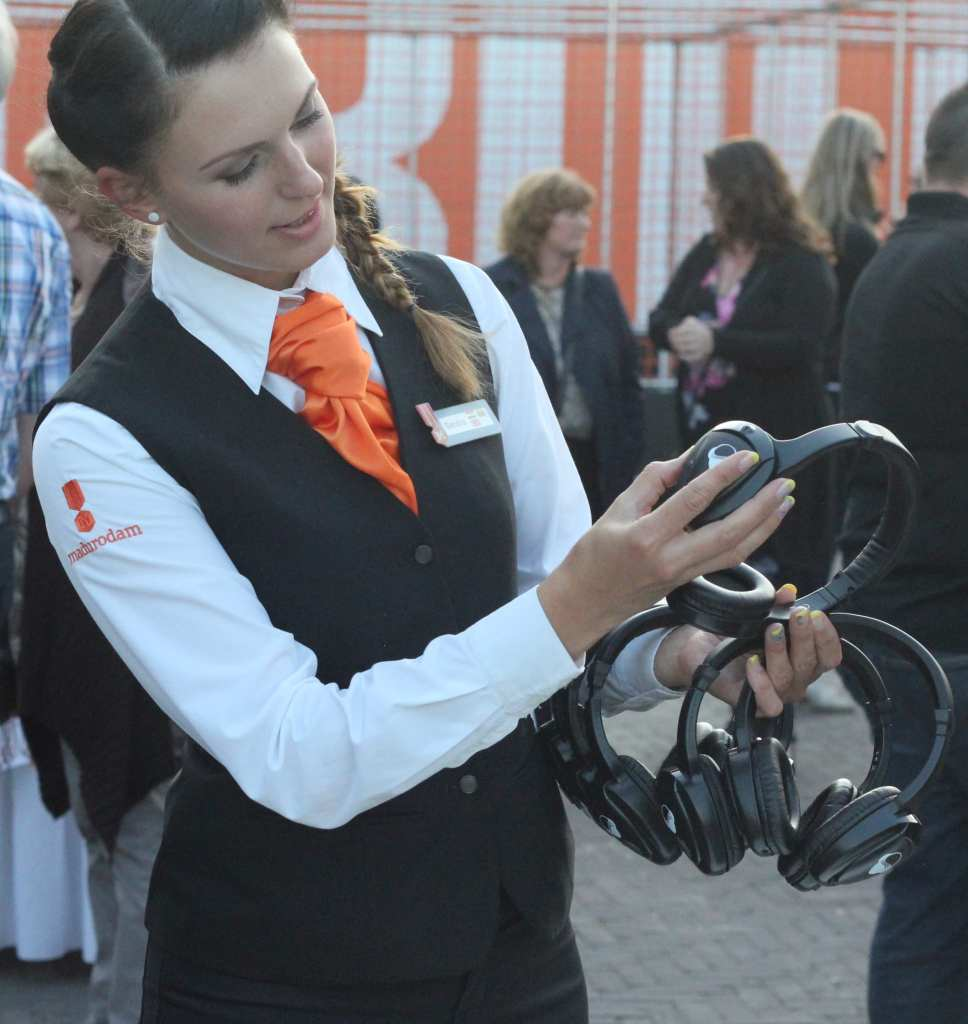 Hostess silent disco silent event - congres silent disco workshop