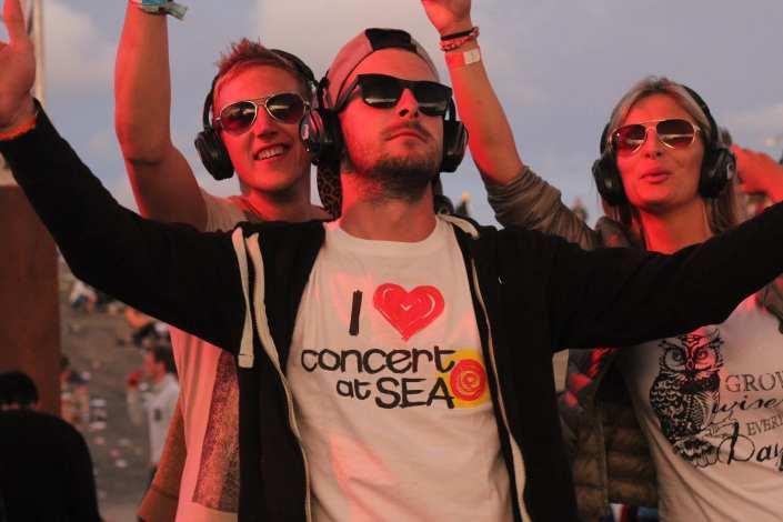 silent disco concert at sea