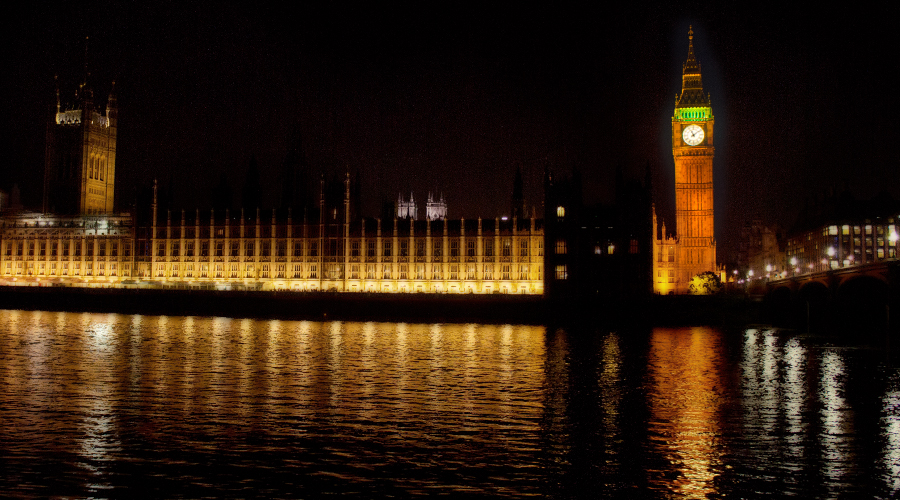 2014-big-ben-parliament-night-london-uk-06