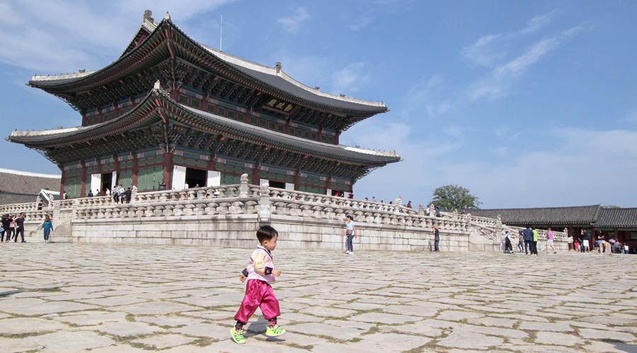 2015-silentlyfree-gyeong-bok-gung-palace-seoul-korea-01-3