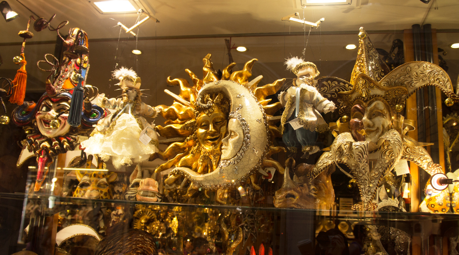 2014-silentlyfree-venice-italy-mask-shop-01