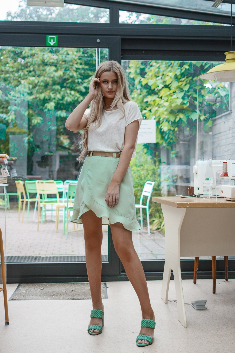 Outfit: Mint Skirt