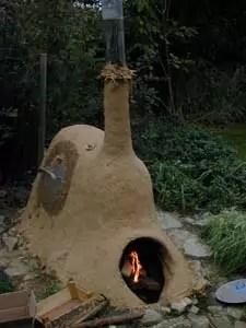 Lehmofen für Töpferbrände
