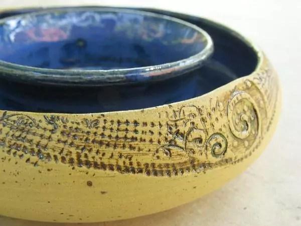Keramik-Blumenring Detail