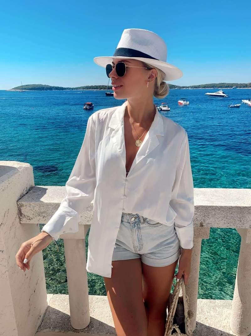 bronte-button-blouse-white_pretty-lavish