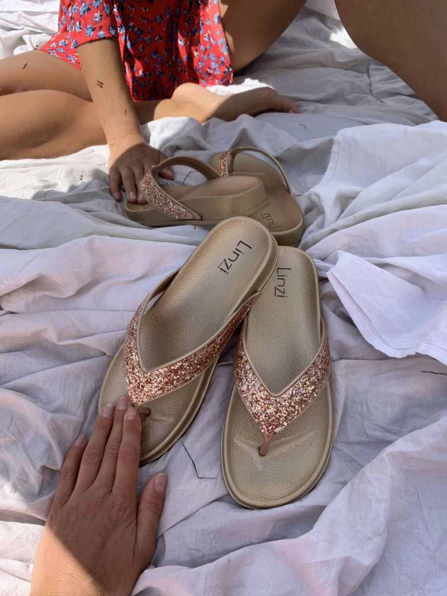 farah-rose-gold-glitter-toe-post-style-sandal