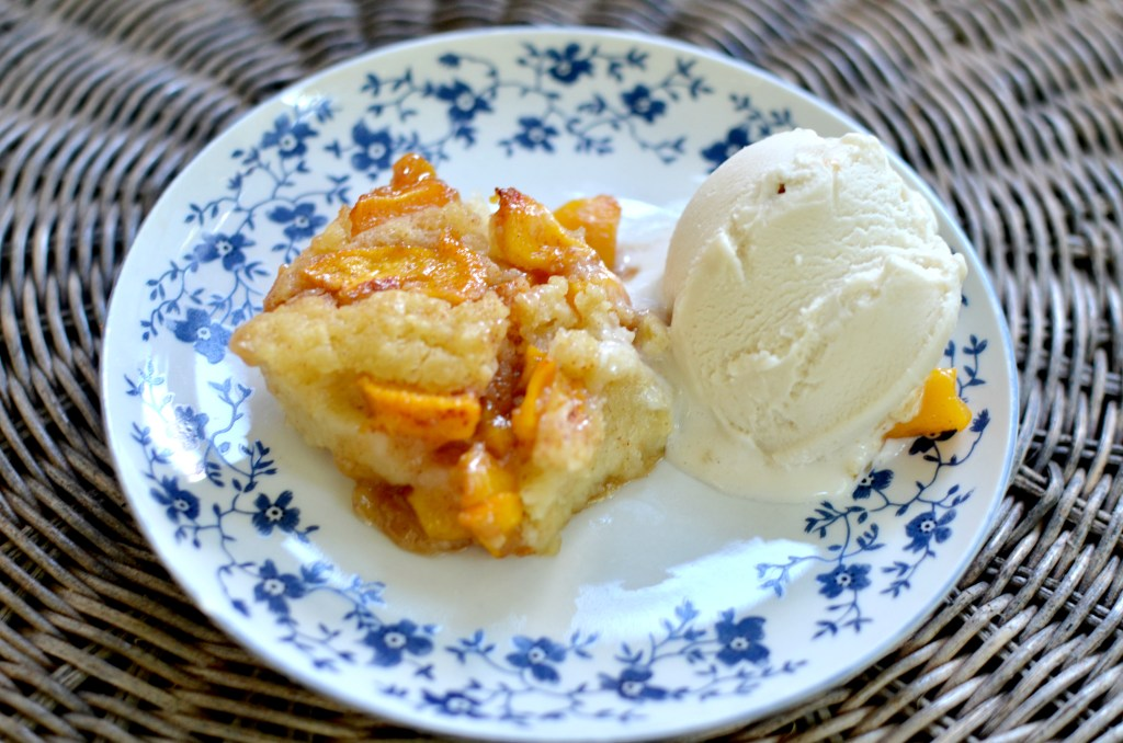 Kentuck Peach Cobbler. An easy vegan recipe that's so ridiculously delicious!