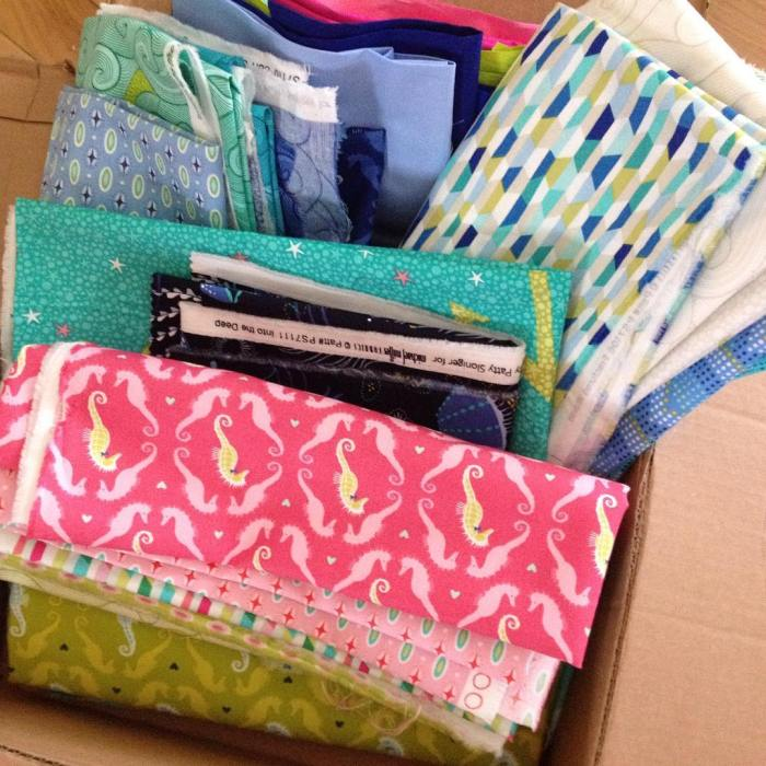 Doing a #intothedeepfabric happy dance!! @michaelmillerfabrics @pattysloniger getting ready to dive in! happy Thursday!