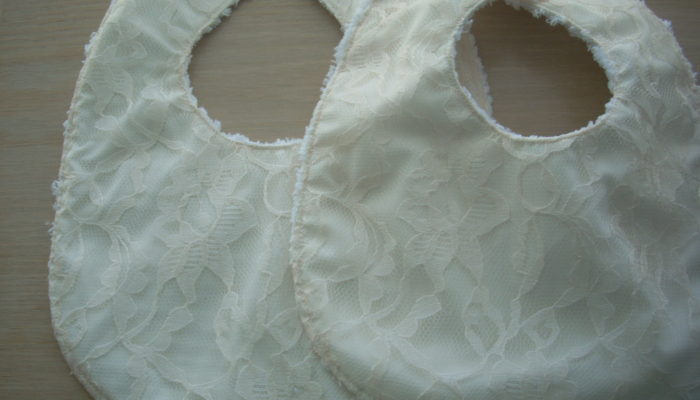 lace bib