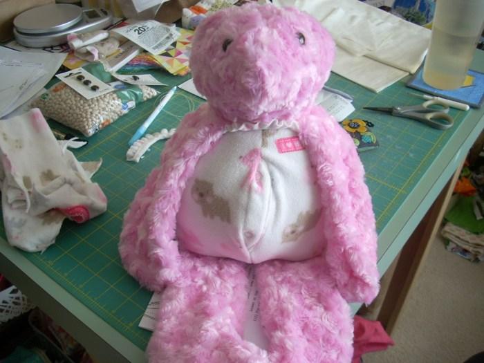 2 pink bears