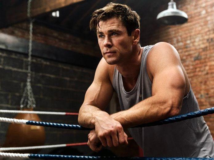 Chris Hemsworth fisico e peso