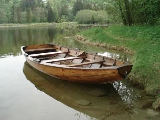 18 Alat Transportasi Laut Tradisional Dan Modern