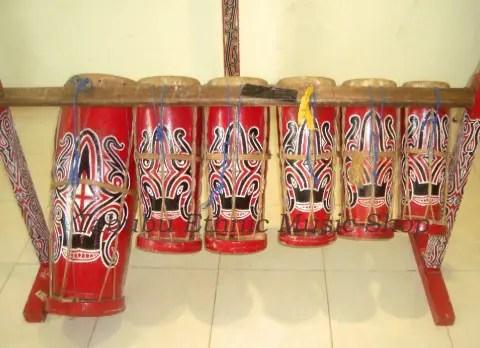 Alat musik Batak Toba Taganing