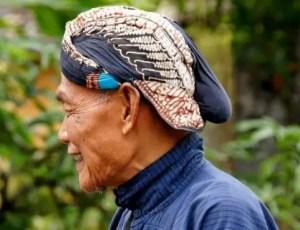 9 Pakaian Adat Tradisional Jawa Tengah, Gambar dan Penjelasannya