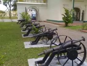 Senjata Tradisional Riau Lela Rentaka