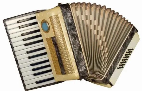 alat musik tradisional Bengkulu Akordion